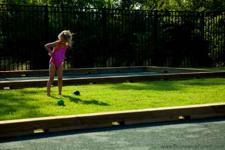 BOCCE BALL W/ CHILD