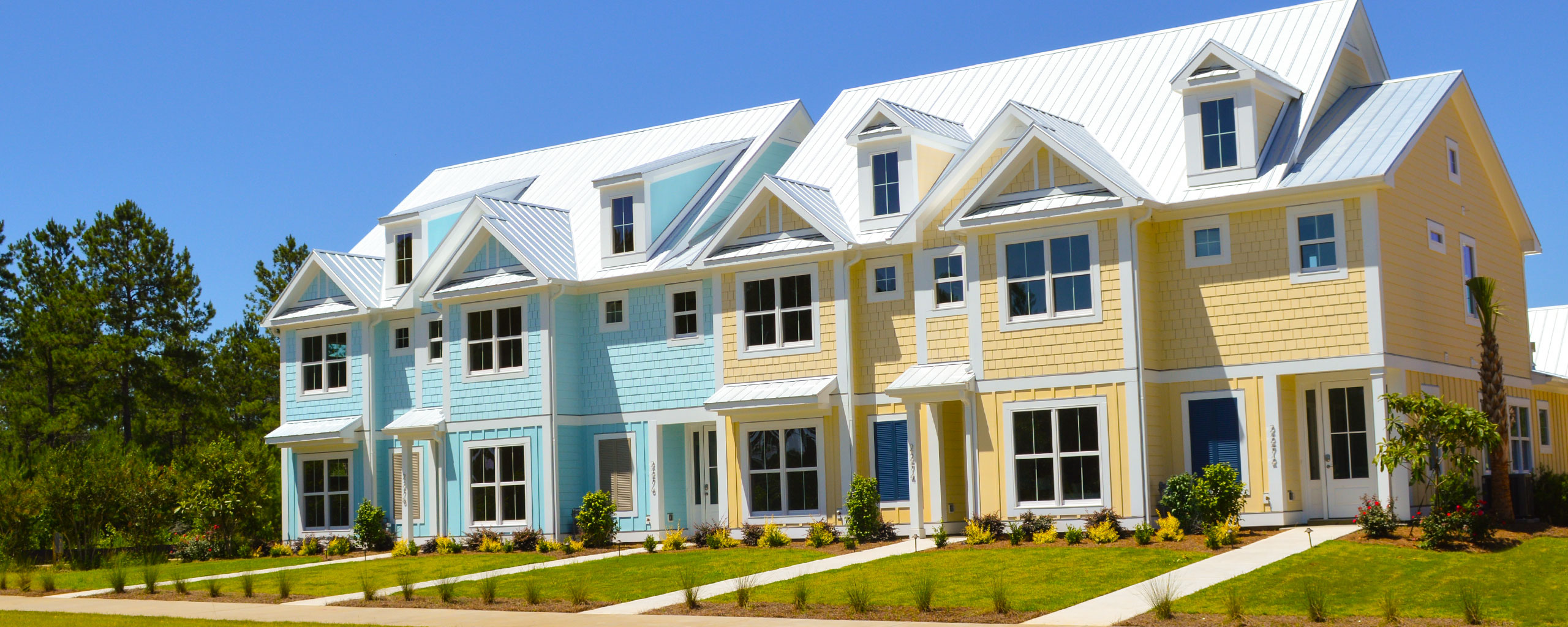 Town Homes in Tennyson Village