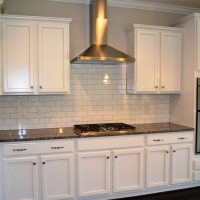 The kitchen in the Ansley II
