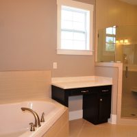 The master bath of the Ansley II