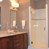 A bathroom in the Augusta Greene