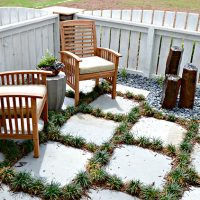 A patio area in the Fulbright at Brunswick Forest